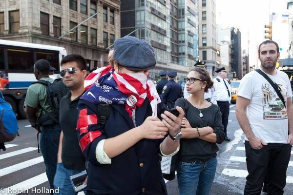 OWS march 1011_031©robinholland